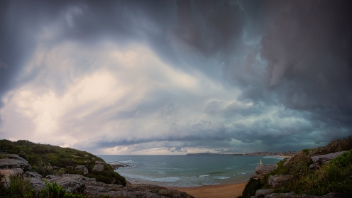 Storm clouds over North curl curl beach
